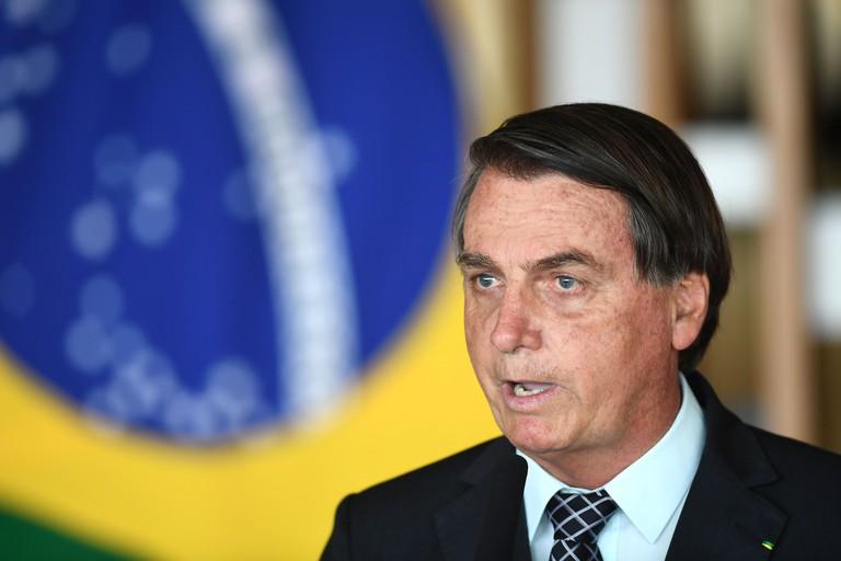 Tổng thống Brazil tuyên bố hủy đơn đặt mua 46 triệu liều vắc xin COVID-19